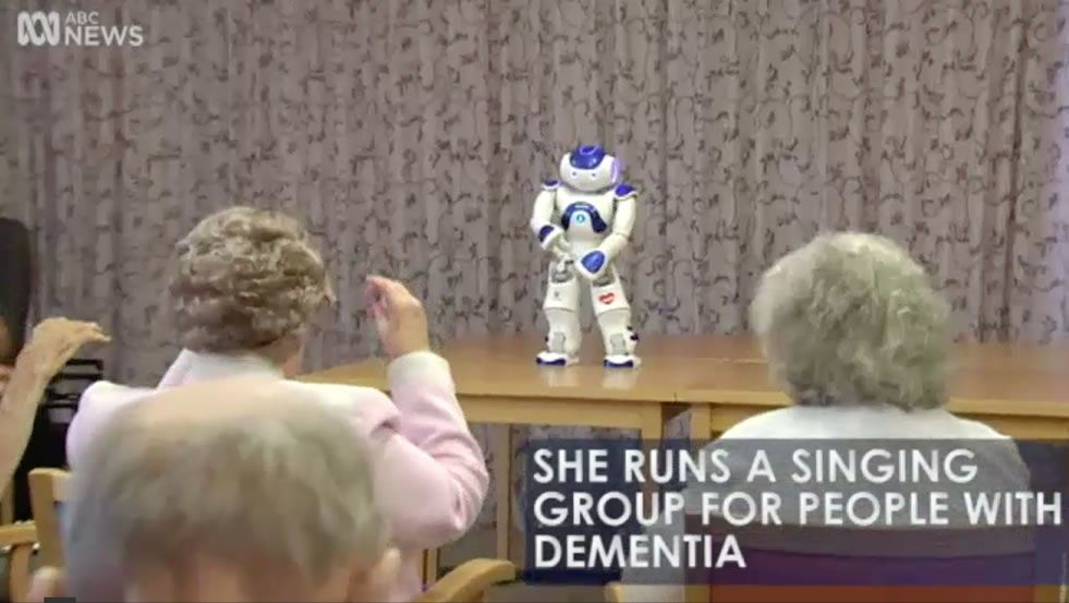 Robot 'Alice' is helping transform the lives of people with dementia (ABC News)